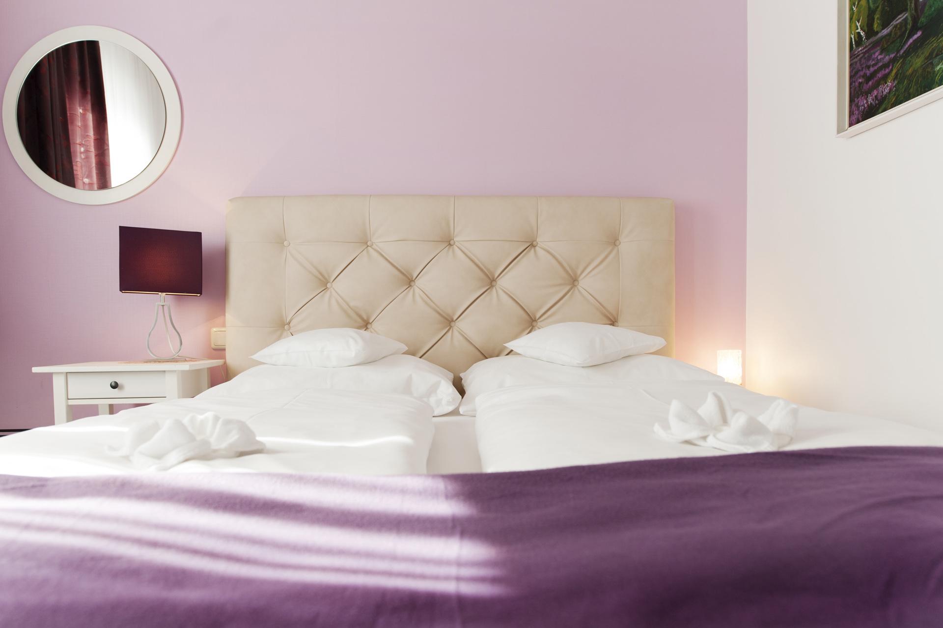 Zimmer Violetta